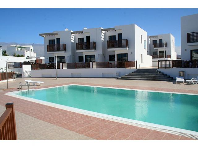 Luxury duplex on small community in Puerto del Carmen